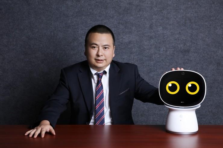 2018年智能硬件市场规模5000亿,360打算怎么做?| 独家专访360智能硬件、智能家居兼车联网总裁邓邱伟