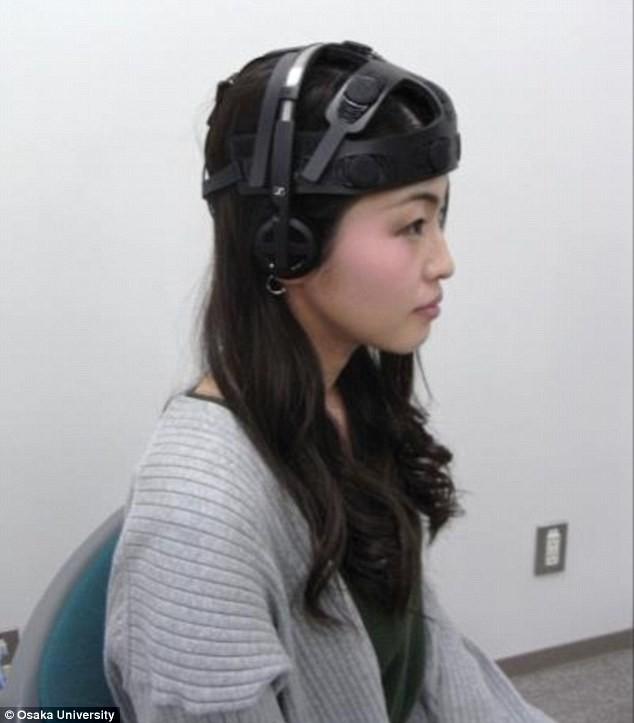 日本团队发明AI耳机,监测情绪分分钟让你哭出声