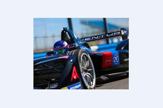 ROHM发布电动汽车、轻度混合动力汽车用最尖端元器件技术